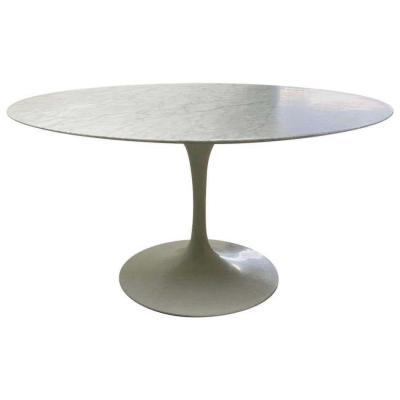 Knoll International & Eero Saarinen : Table Tulipe