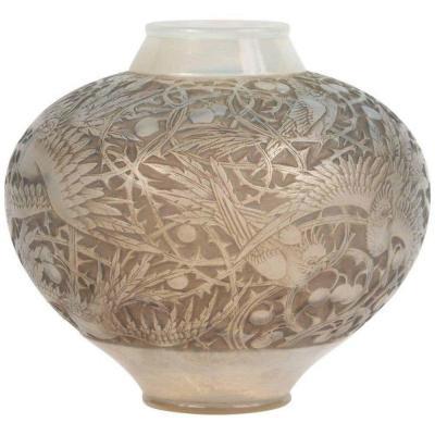 René Lalique (1860-1945) Vase modèle
