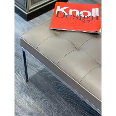 Knoll:   Banc relax  design Florence Knoll