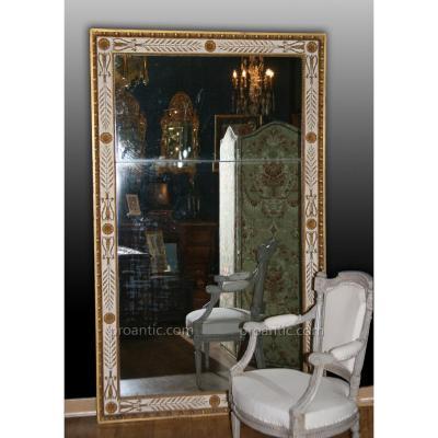 Grand Miroir Directoire En Bois Rechampi Ivoire Et Doré à La Feuille