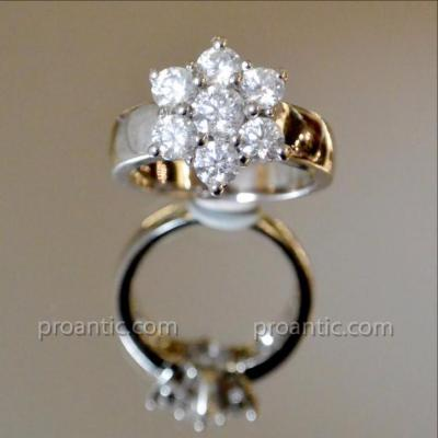 Star Ring In White Gold And Diamonds
