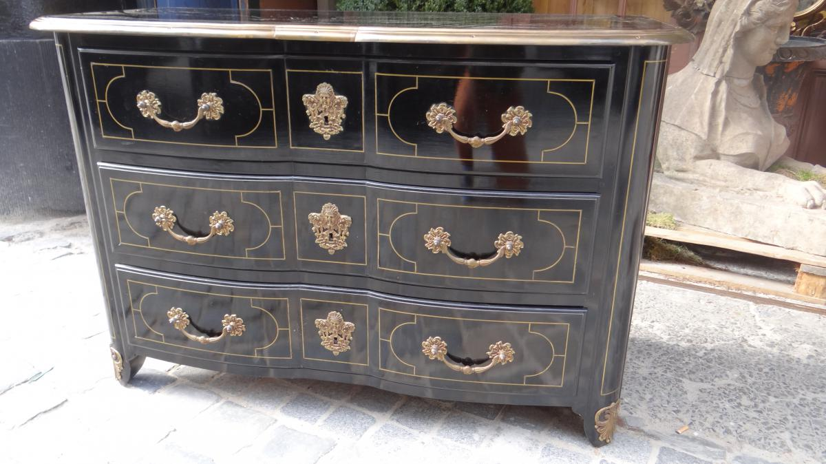 commode de style louis xiv commodes. Black Bedroom Furniture Sets. Home Design Ideas