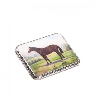 Etui à cigarettes en argent massif émaillée d'un cheval