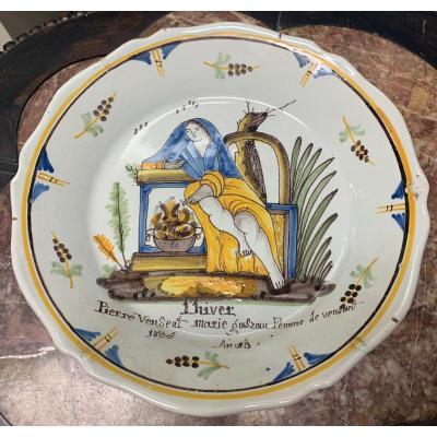 """Nevers assiette """"ALLEGORIE DE L'HIVER"""" 1805"""