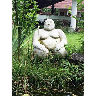 Sculpture De Sumo En Pierre Reconstituée