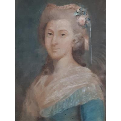 PASTEL 18ème - Jeune Femme - Fleurs dans les Cheveux.