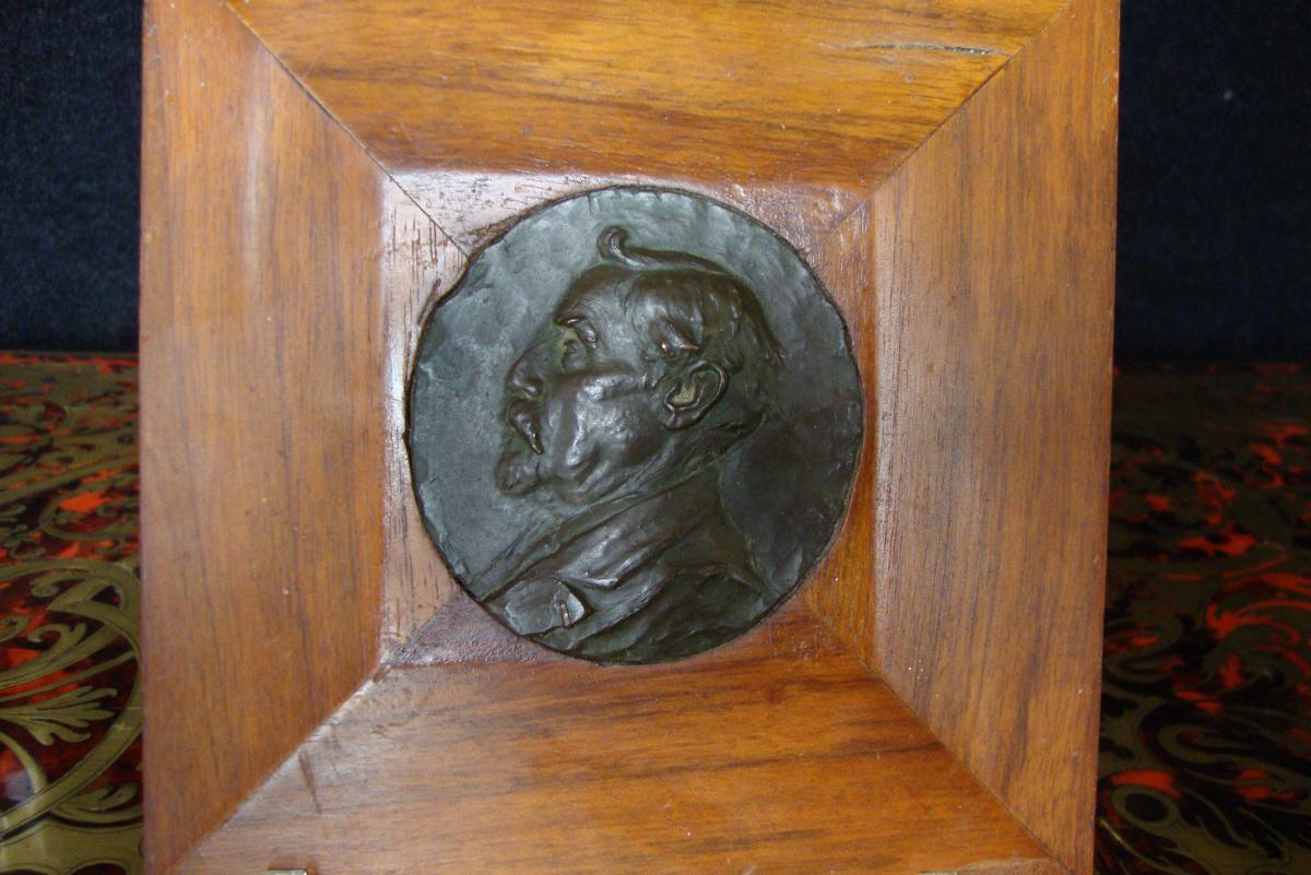 Médaillon En Bronze Profil d'Homme