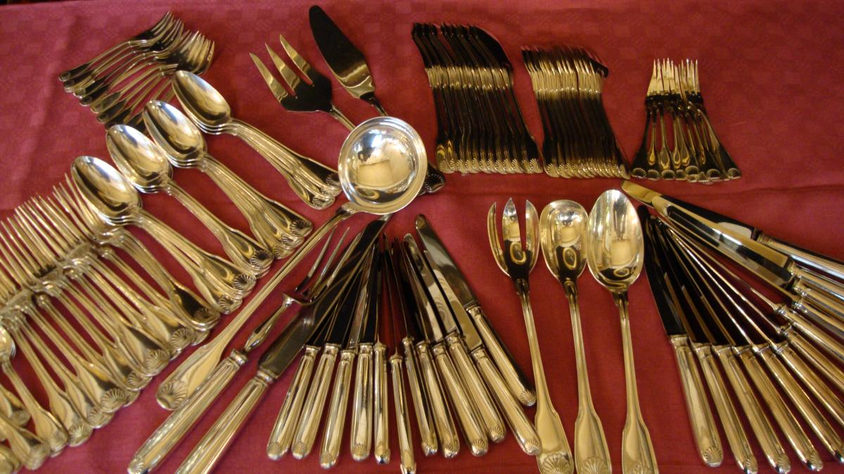 Silver Plated Housewife 116 Pieces