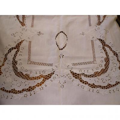 In Richelieu Tablecloth Embroidery Thread