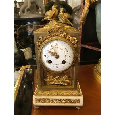 Pendule En Bronze doré de Style Louis XVI Napoléon III