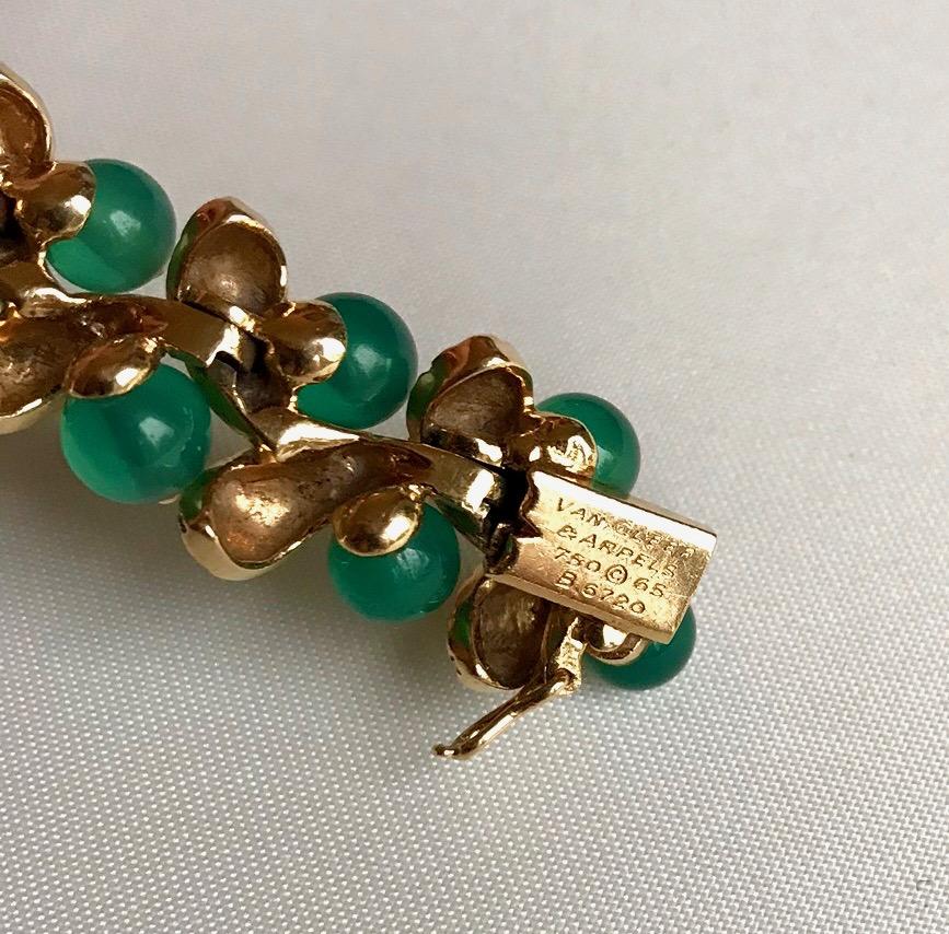 VAN CLEEF AND ARPELS  Bracelet Or Jaune Et Chrysoprases