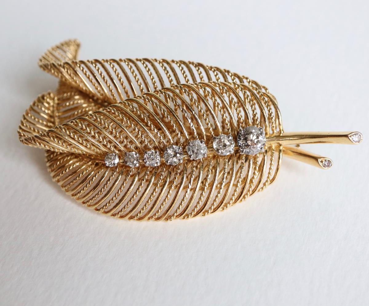 Broche Deux Feuilles Filin Or Jaune 18 Kt Et Diamants Vers 1950