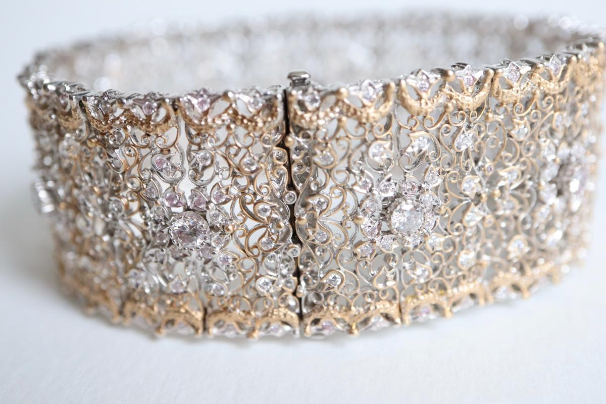 Beautiful Fishnet Bracelet Yellow Gold And White Gold 18 Kt Inlaid With Diamonds-photo-4