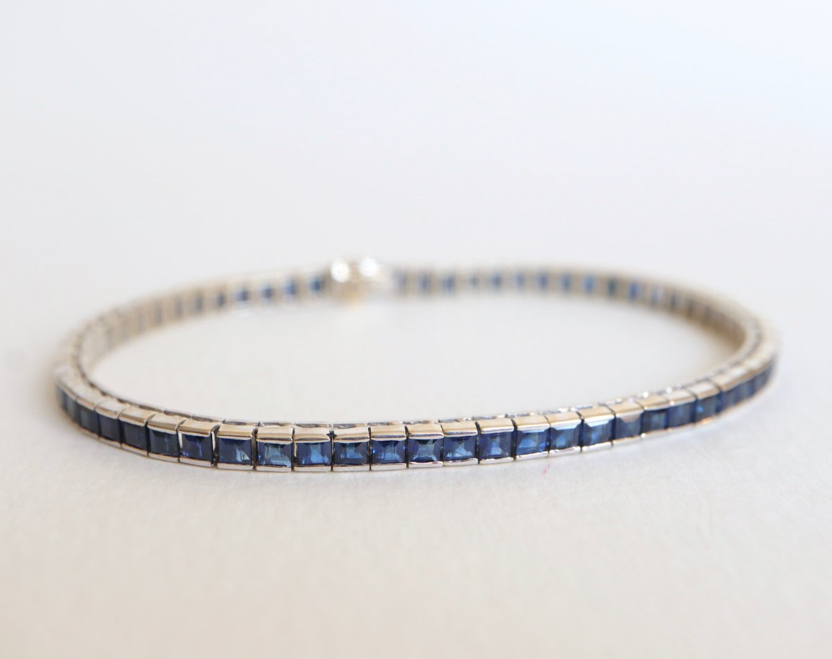 Bracelet White Gold And Sapphires Calibrated For 10 Carats