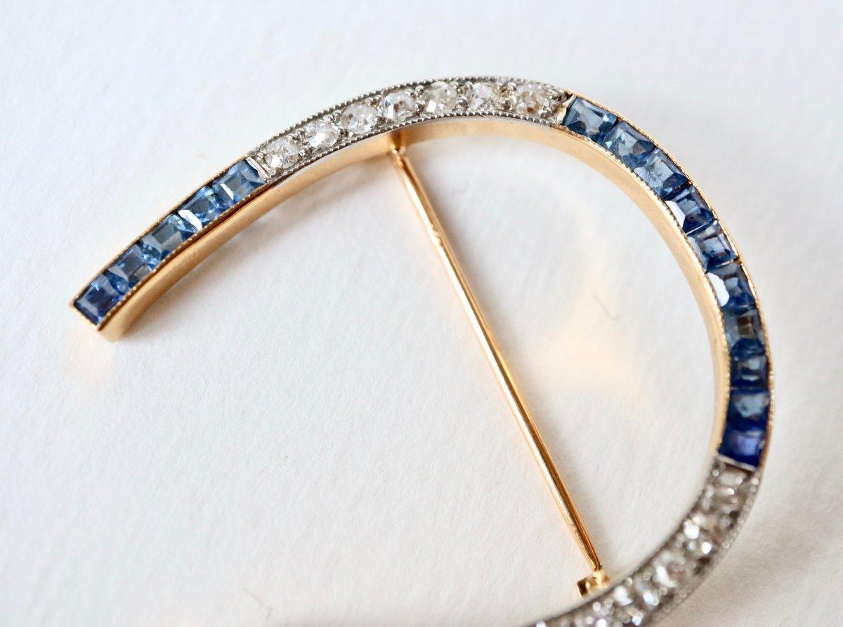 Broche Fer à Cheval Vers 1920 En Or Jaune 18 Kt  Saphirs Et Diamants-photo-1