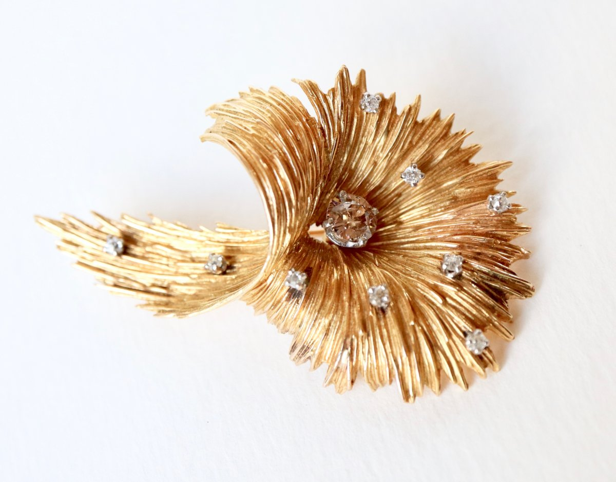 Wreath Brooch Around 1950 In Yellow Gold And Diamonds