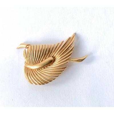 Broche Feuille En Or Jaune 18 Carats