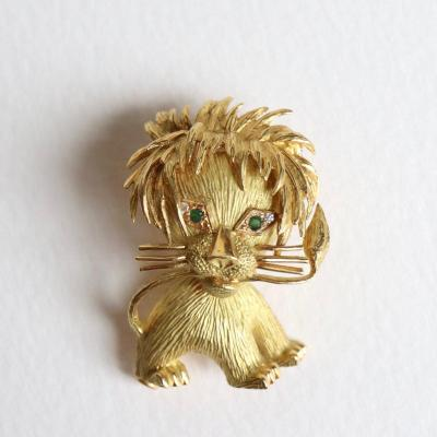 Lion Brooch In 18 Kt Yellow Gold And Emeralds