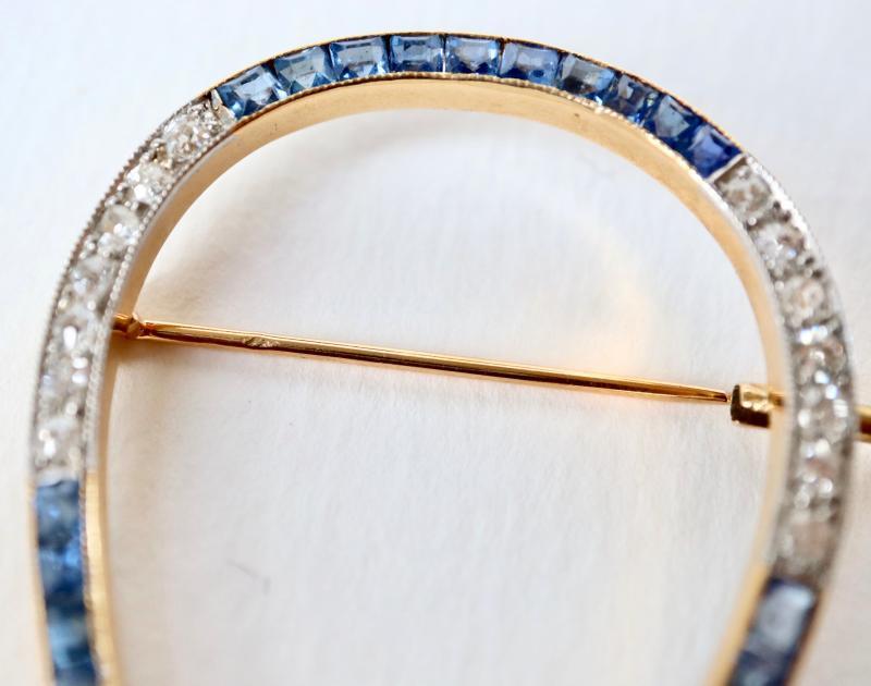 Broche Fer à Cheval Vers 1920 En Or Jaune 18 Kt  Saphirs Et Diamants-photo-4