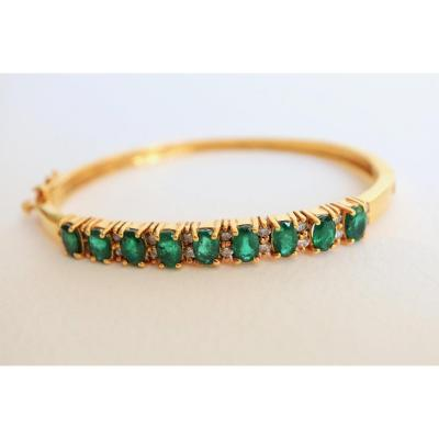 1960 Bracelet In 14 Kt Yellow Gold Setting 9 Emeralds For 3 Carats