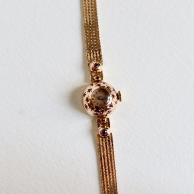 Mechanical Lady Watch Circa 1940 In 18k Yellow Gold And Ruby