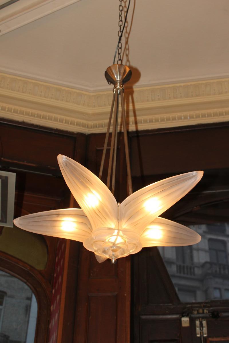 Lustre Art Deco Modèle étoile Signé Genet Et Michon France (cat: Lustres Art Déco 1930)