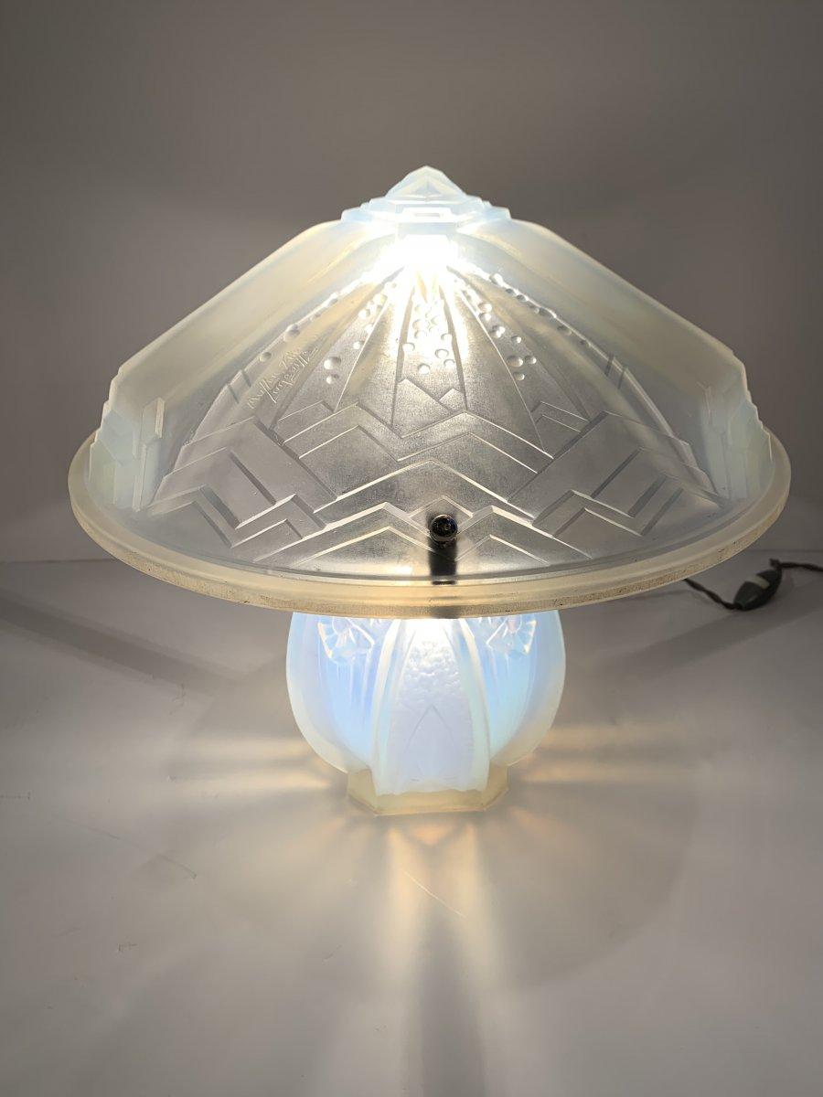 Lampe à Poser Art Deco Opalescente Signée Müller Frères Lunéville (cat: Lampes Art Déco 1930)
