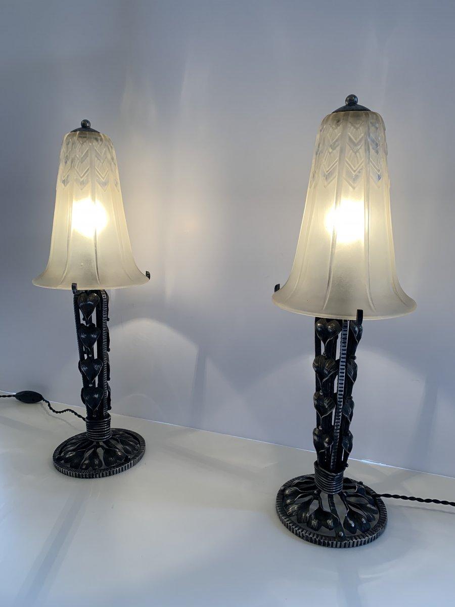 Pair Of Art Deco Lorrain Daum Patinated Wrought Iron Lamps (cat: Art Deco Lamp 1930)