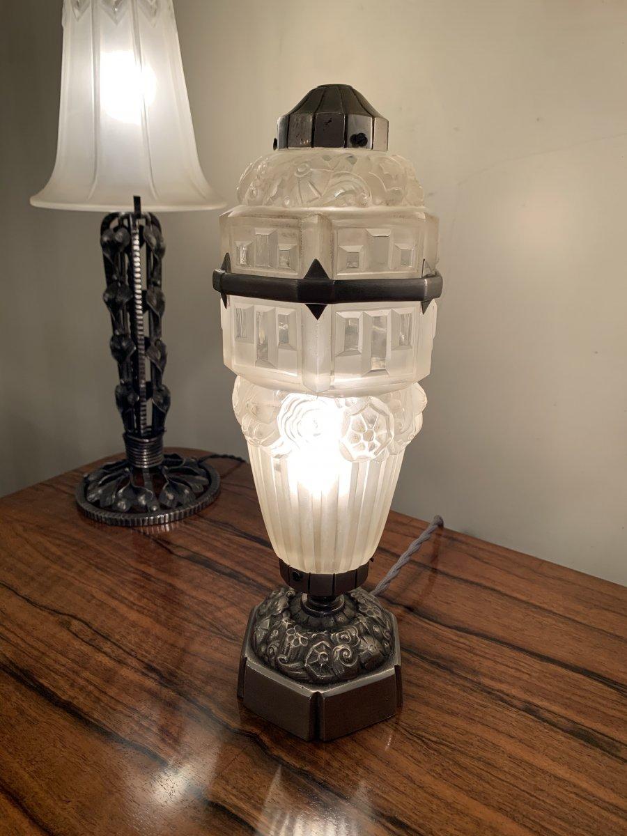 Rare Lampe Art Déco à Poser Hettier-vincent Et Hanots  ( Lampes / Veilleuse Art Deco 1930 )