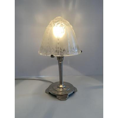Art Deco table lamp Signed A.Marionnet and associated with a Le Lorrain glass (Daum)<br />