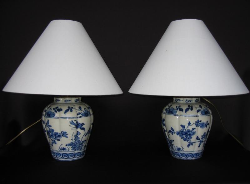 Paire De Lampes, Faïence De Delft, XVIIIe Siècle.
