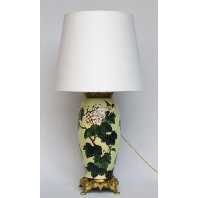 Lampe En Porcelaine, Début XXe Siècle.