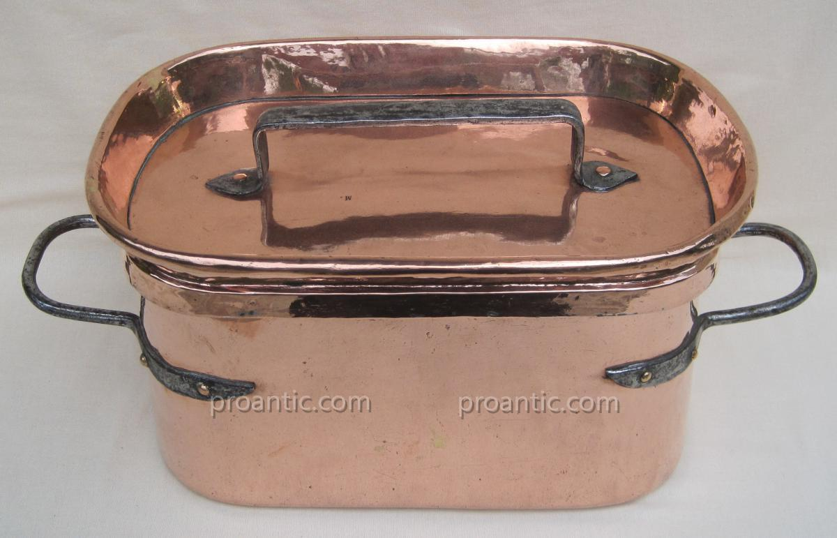 Copper Braising. L: 45 Cm. Eighteenth Century.