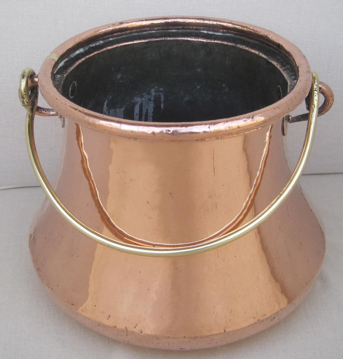 Copper Pot. Eighteenth Century
