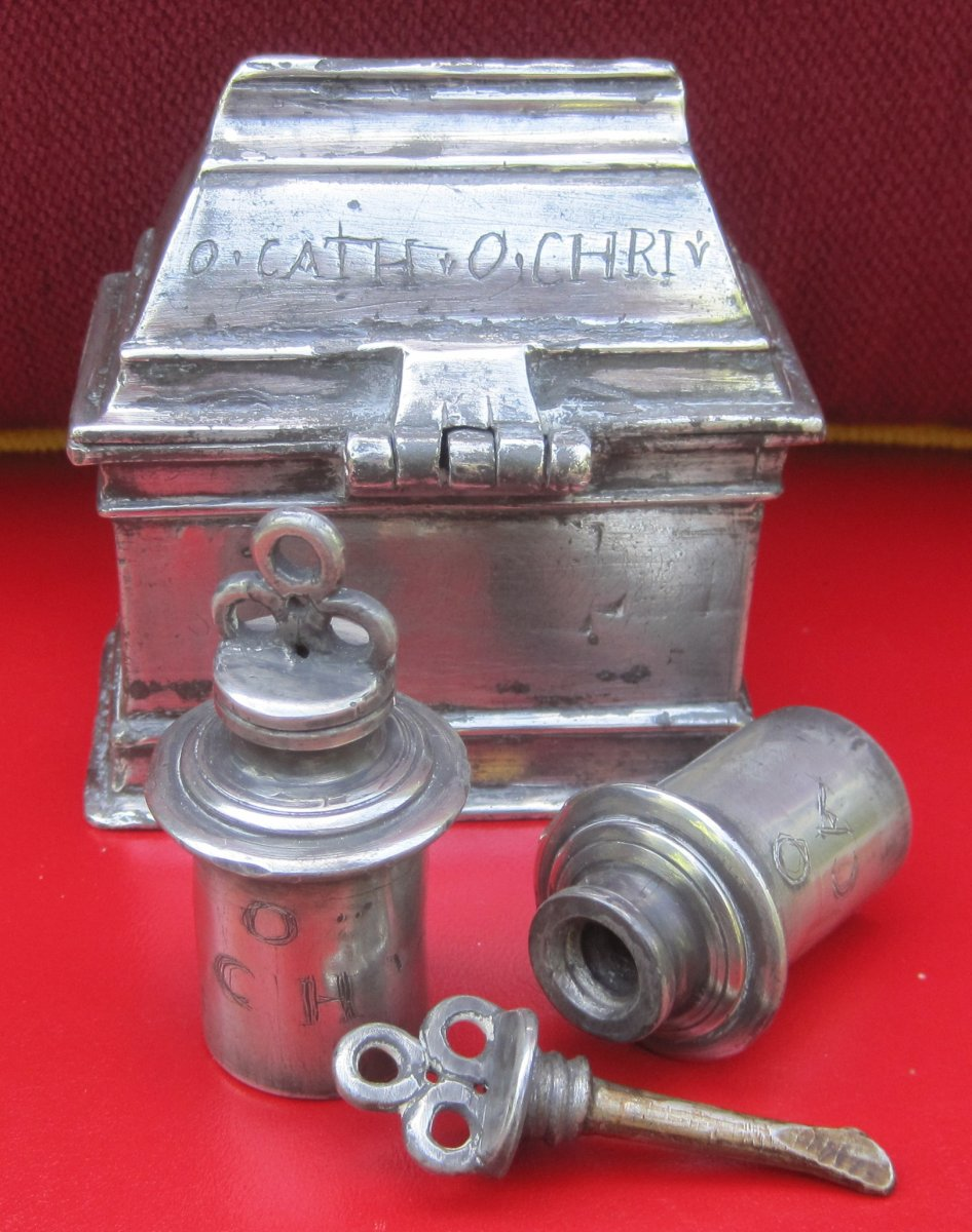 Box With Two Burettes For Baptism, Pewter. Early 17th Century