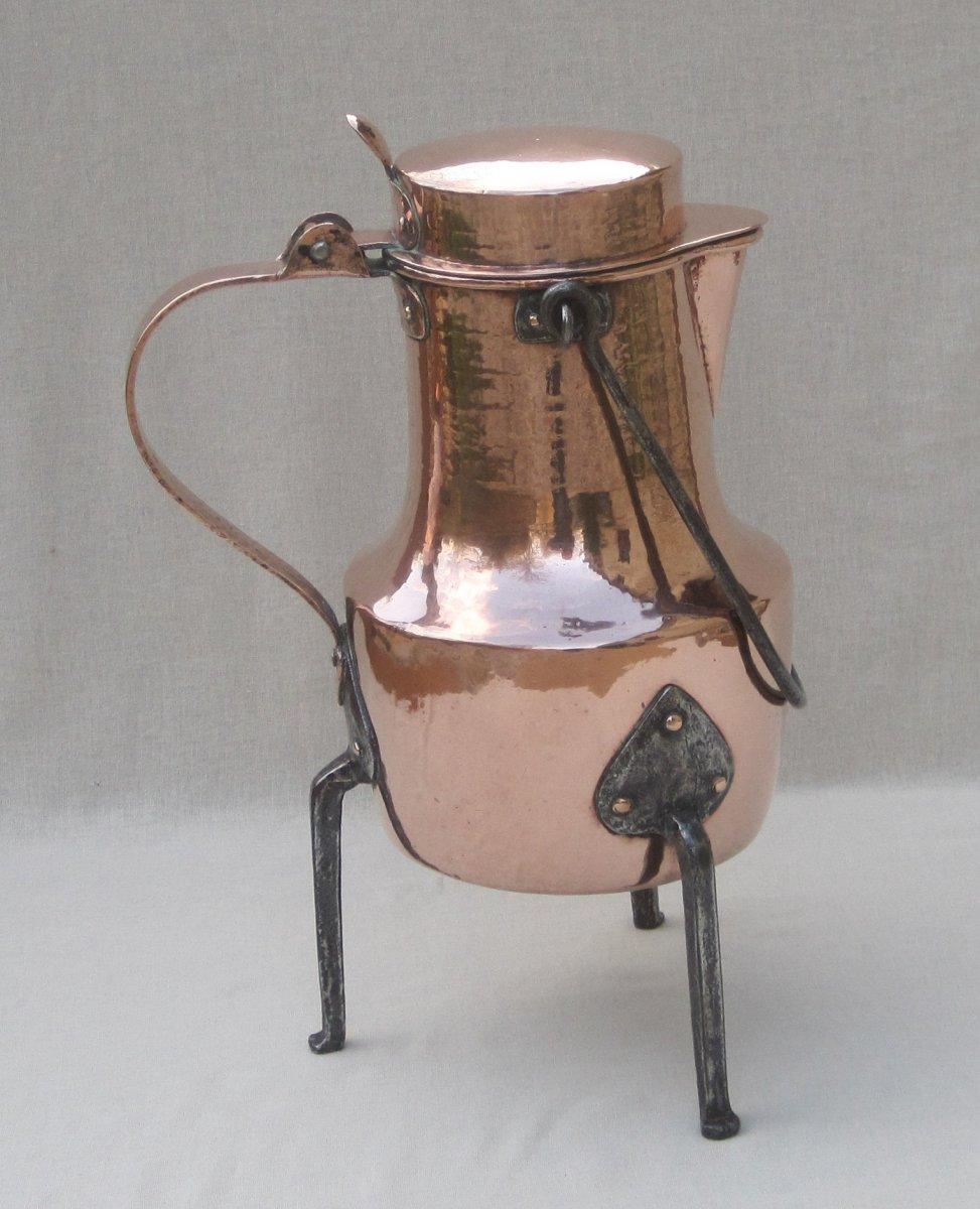 Grand Coquemar en cuivre. Hauteur : 40 cm. XVIIIe s.