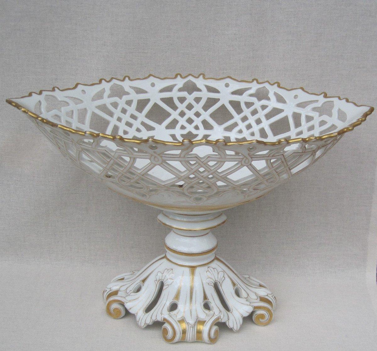 Importante Coupe forme corbeille, ajourée en porcelaine de PARIS. XIXe s.-photo-6