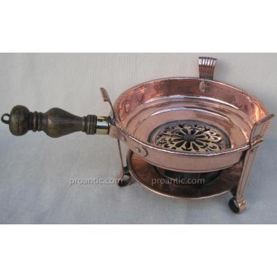 Réchaud de table, à braise, en cuivre. XVIIIe s.