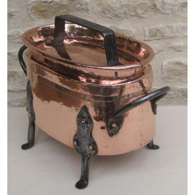 Daubière en cuivre. XVIIIe s.