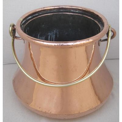 Marmite en cuivre. XVIIIe s.