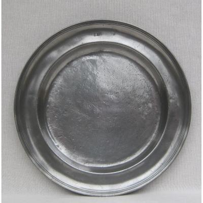 Round Pewter Dish With Molded Edge. Rouen. 18th Century.