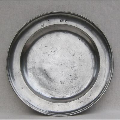 Pewter Dish, Round, With Molded Edge. 31.1 Cm. Argentan. 18th Century.