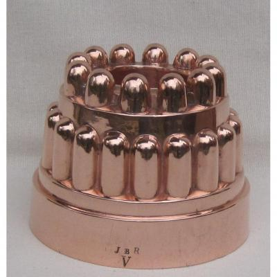 Moule à bavaroise, en cuivre. XIXe s.