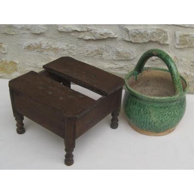 Pottery. Terracotta Heater. 19th Century.