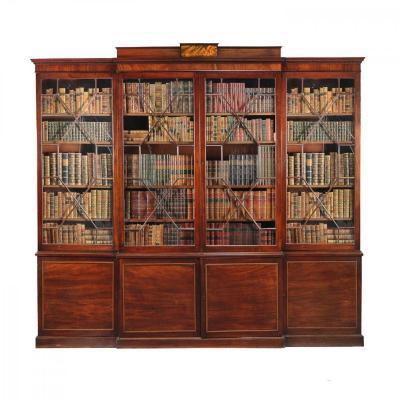 18C Importante Bibliothèque en Acajou d'époque George III