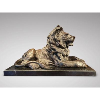 Grand Lion En Bronze Signé Barye