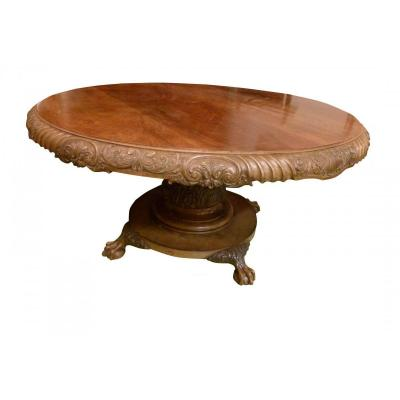 Grande Table En Noyer