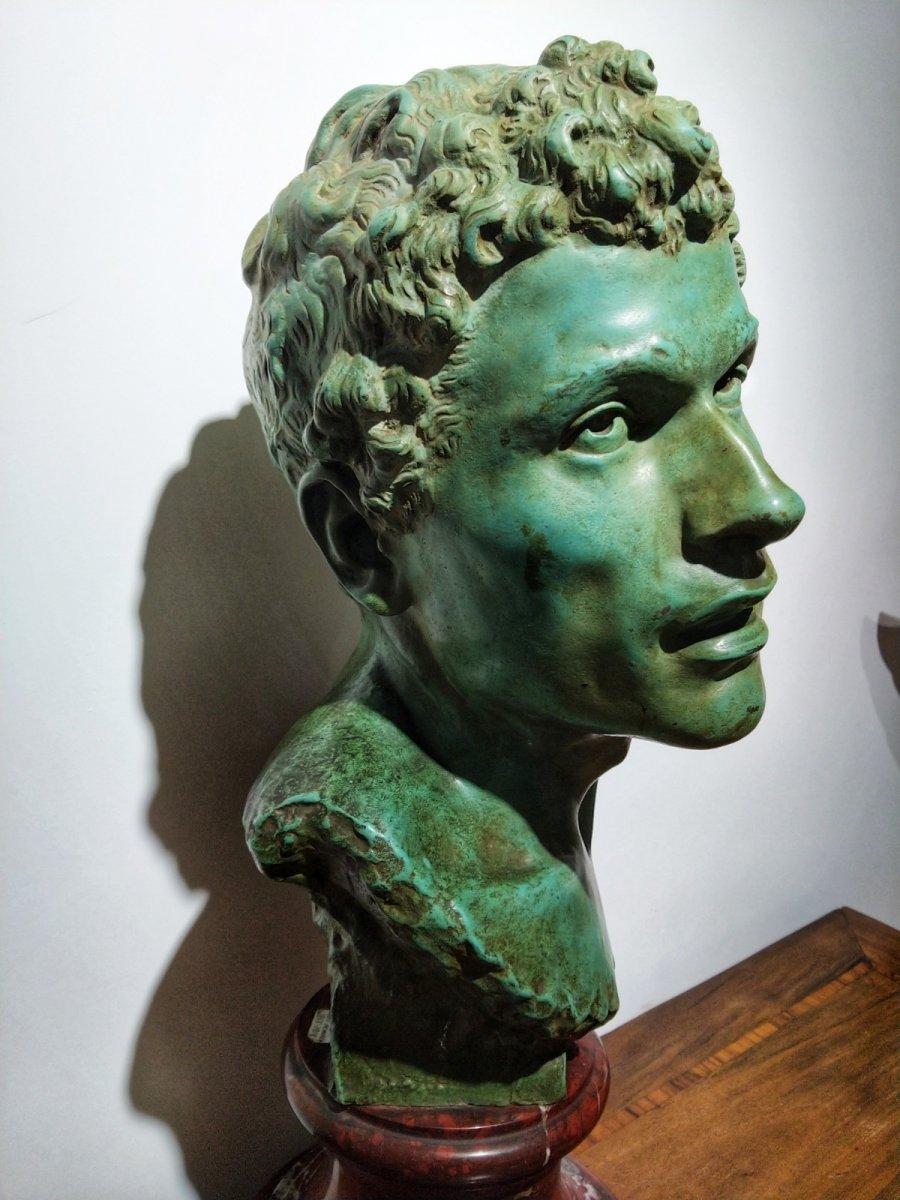 Louis Moreau (1883-1952) Bronze Buste Jeune Romain H 54 cm. 20èmesiècle