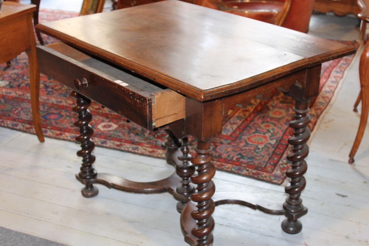 Table Bureau Languedocienne 17ème