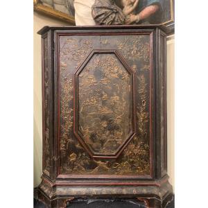 Corner Cupboard.  Chinoiserie. Italy XVIIIth Century
